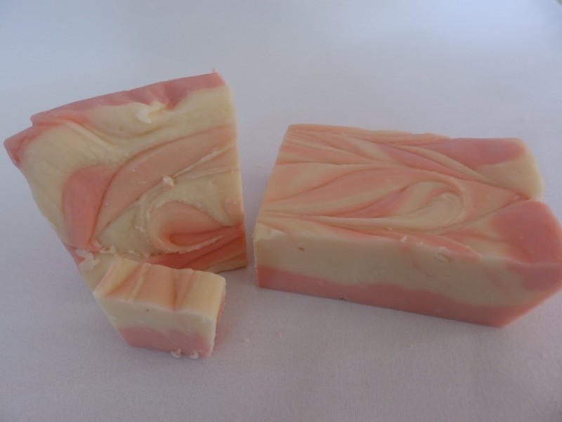 Strawberry & Cream Fudge